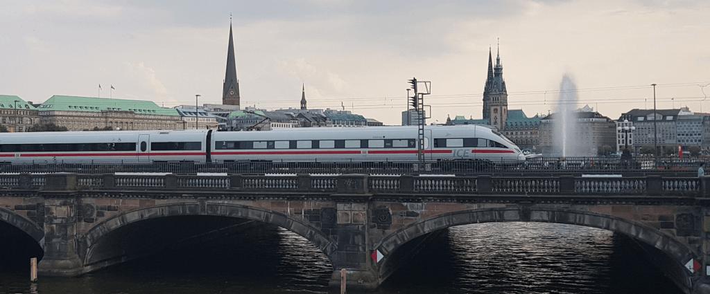 ICE Hamburg Innenstadt